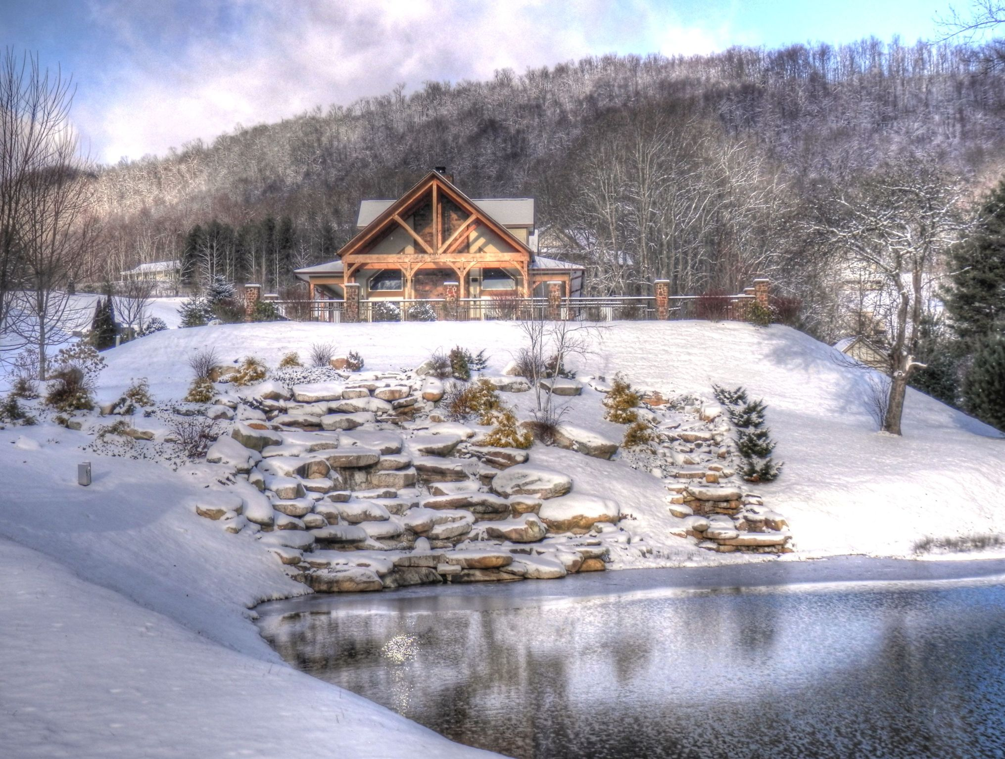 Early Morning Snow Along The Blue Ridge Living In The Blue
