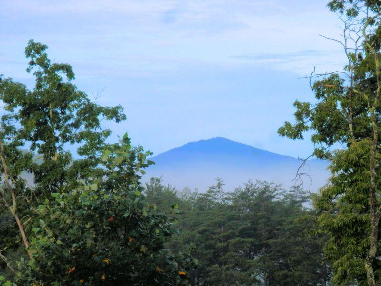 Shumont Mountain