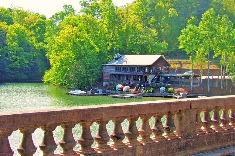 Larkin's On the Lake Morning