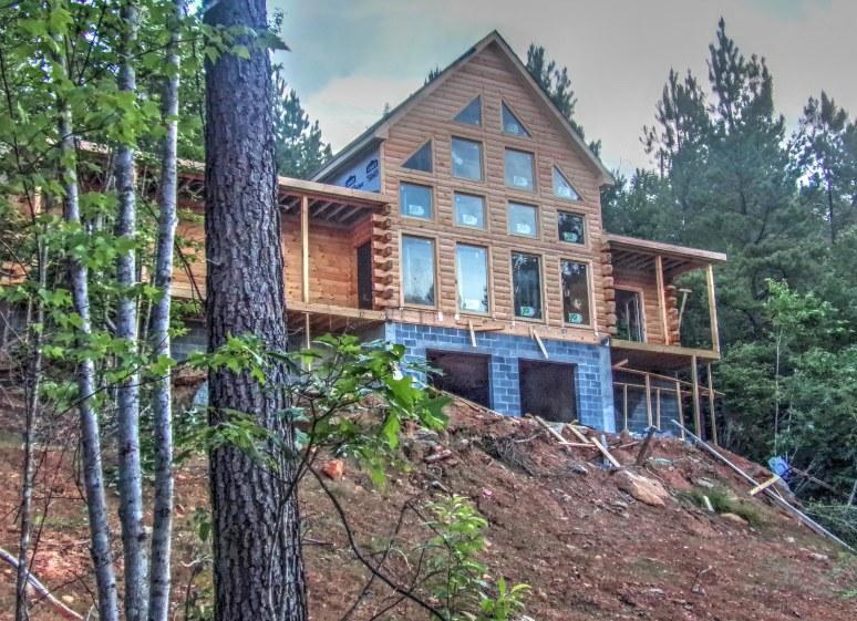 Log Home on Brushy Top Mountain