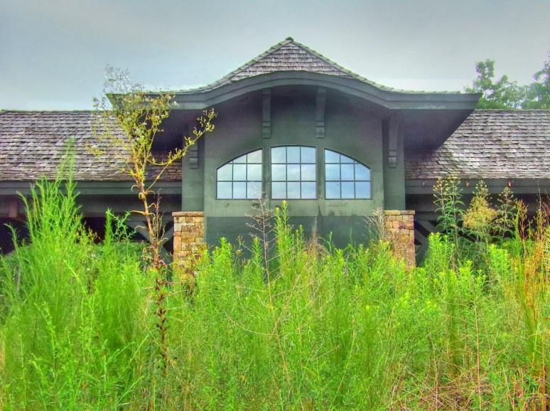 Queen's Gap Gatehouse Weeds