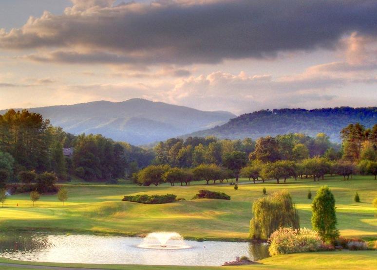 Apple Valley Golf Club Fountain