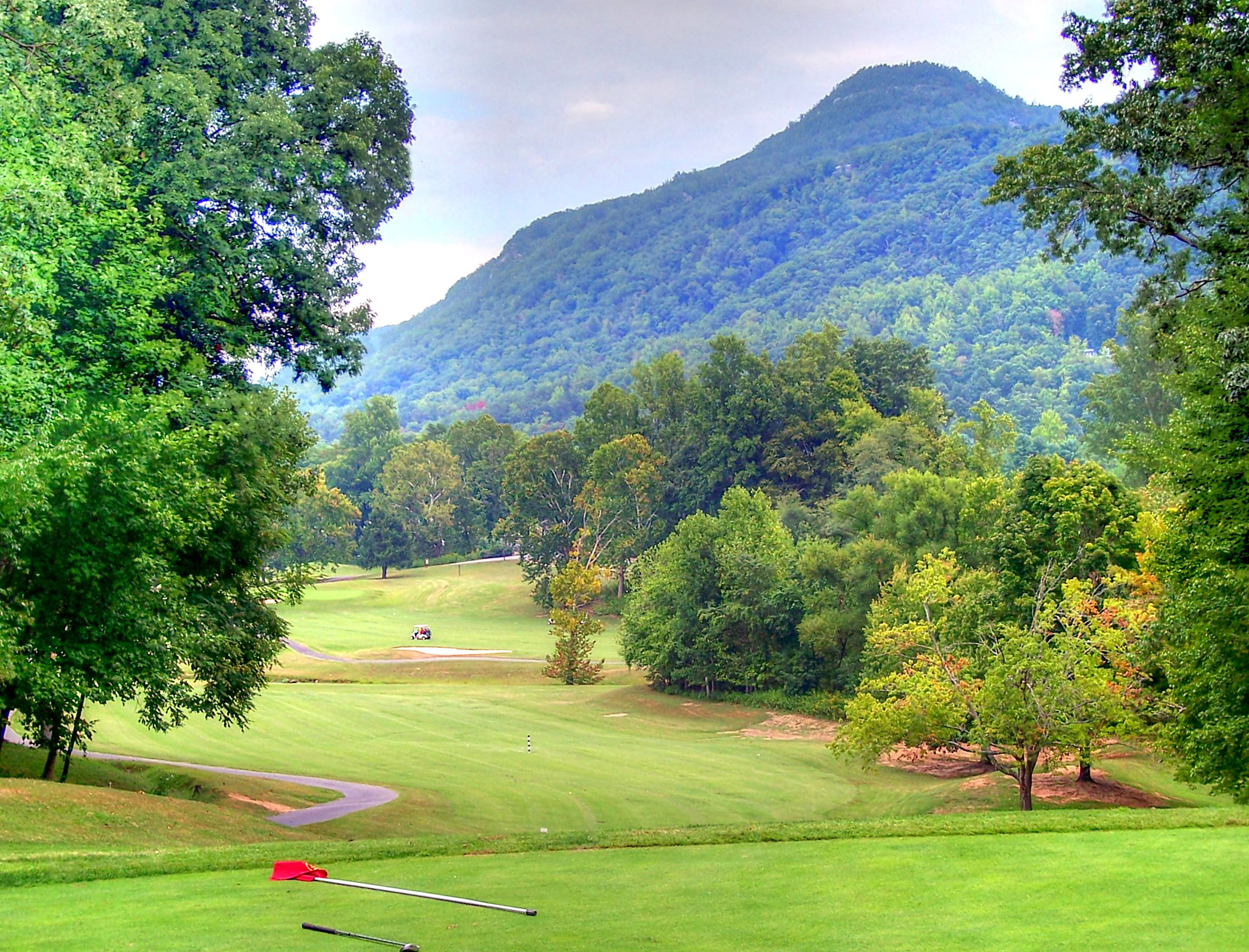 rumbling bald resort on lake lure | living in the blue ridge