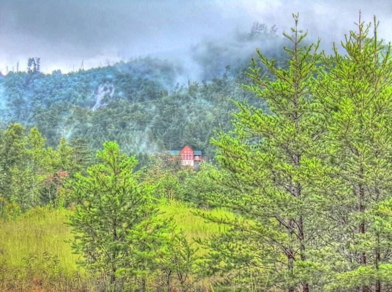 Brushy Top Log Home Clouds