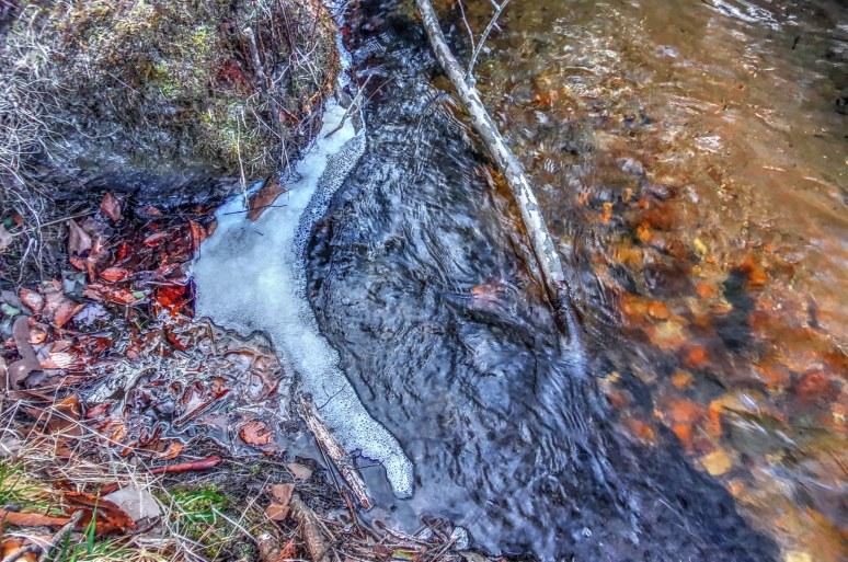 Otter Creek Chandelier Ice