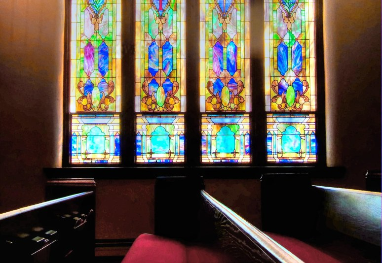 Shelby Baptist Sanctuary Window