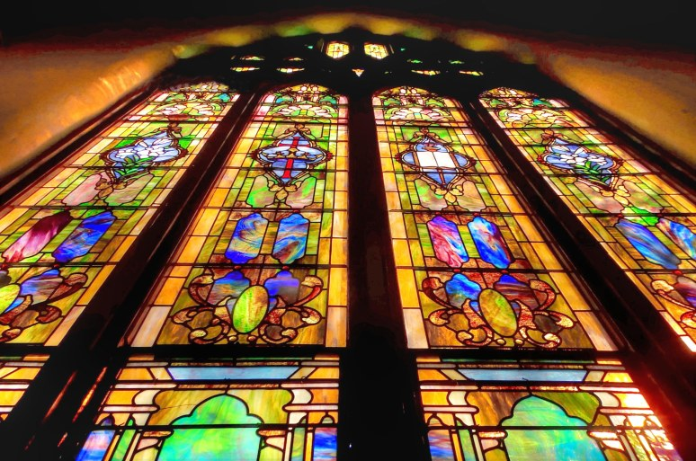 SOuth Tiffany window in Shelby BaptistMain 2