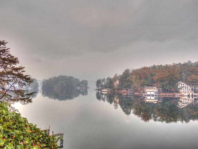 lake-smoke