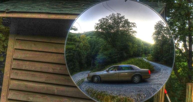 Pinnacle Mountain caddy mirror