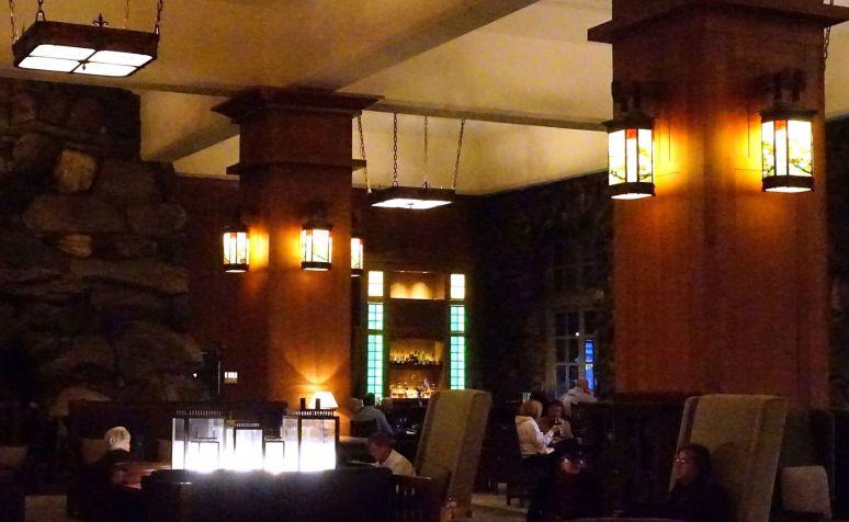 grove park inn lobby lights