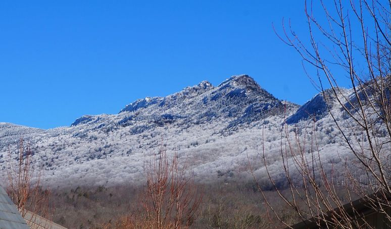 grandfather mountain snow 5