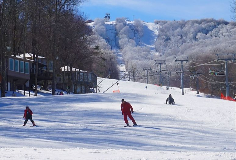 Sugar Mountain skiing 1